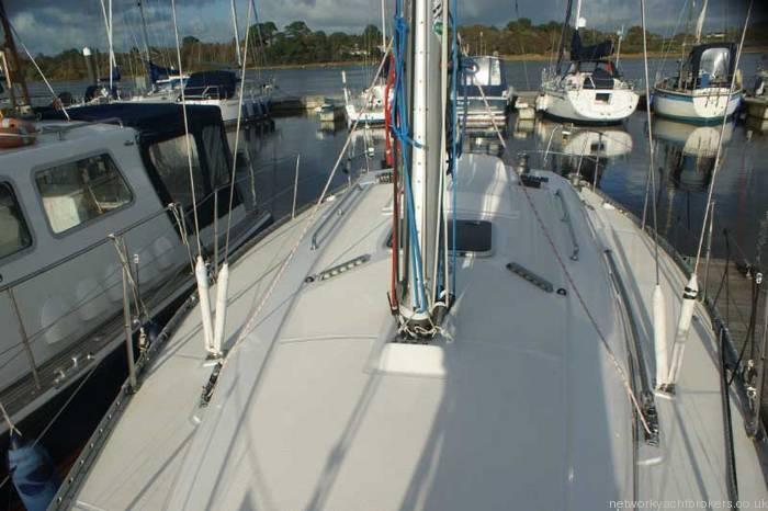 Elan 333 cruiser racer Coach roof