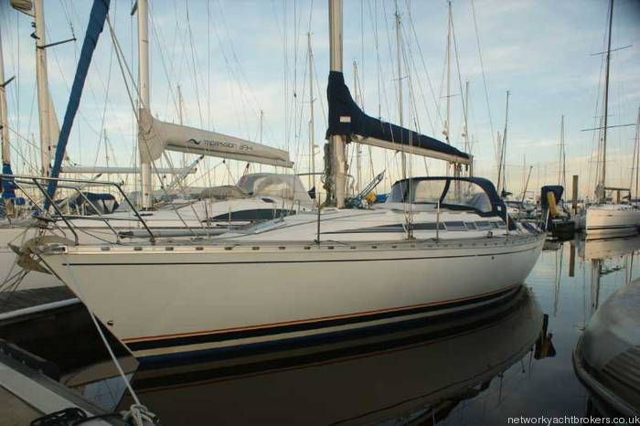 Beneteau First 375 for sale in lymington Hampshire