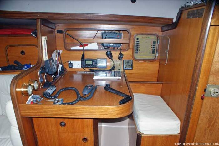 Beneteau First 375 Skippers chart table