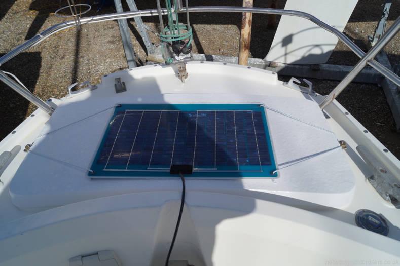 Javelin 30 solar