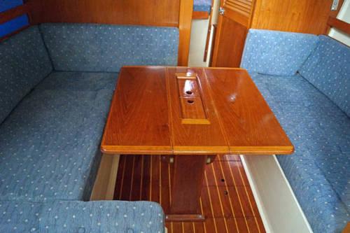 29ft sailing boat by Sadler yachts