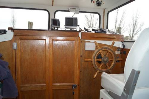Hardy motor yacht for sale