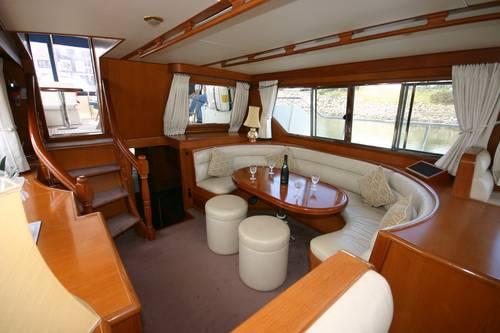 Trader Motor Yacht Interior