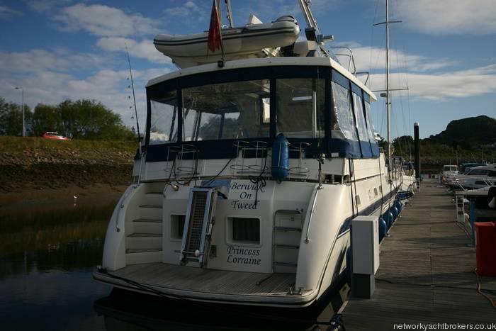 Trader Motor Yacht 3
