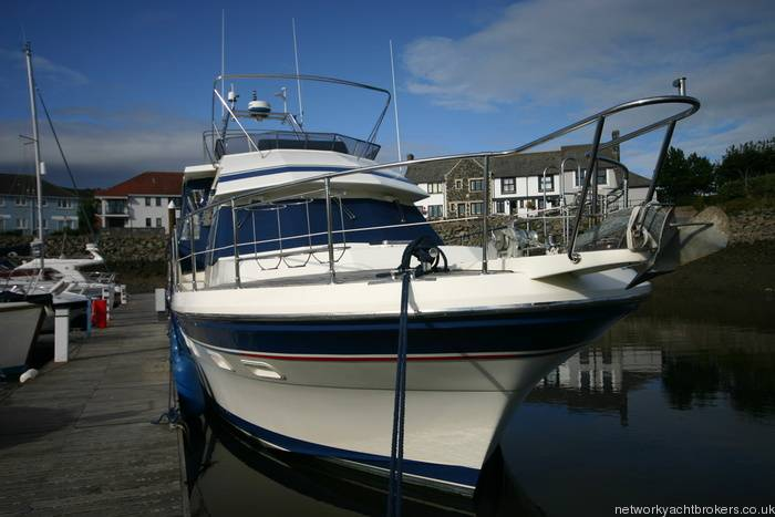 Trader Motor Yacht 4