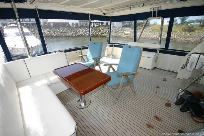 Trader Motor Yacht 1