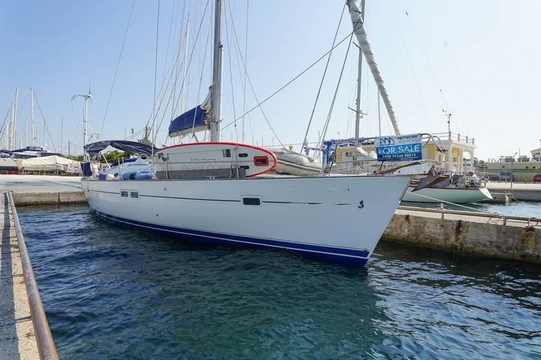 Beneteau 423 For sale in Lefkas Greece