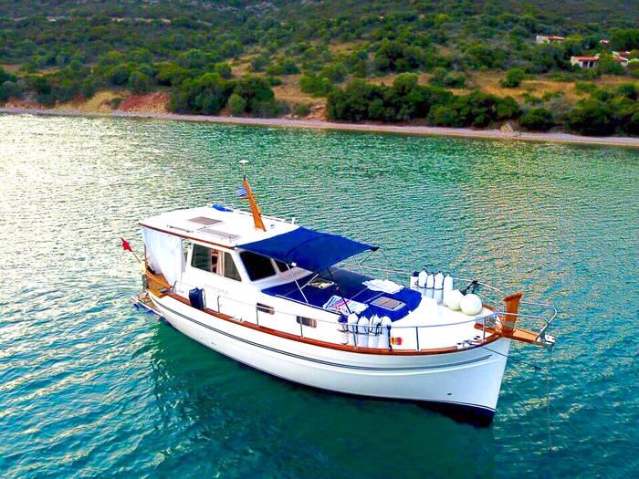 Menorquin 120 for sale Lefkas Marina Greece