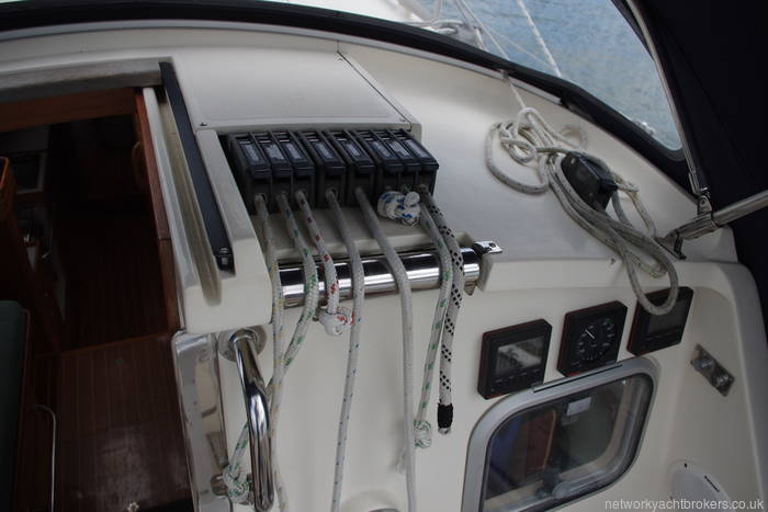 Sail control lines