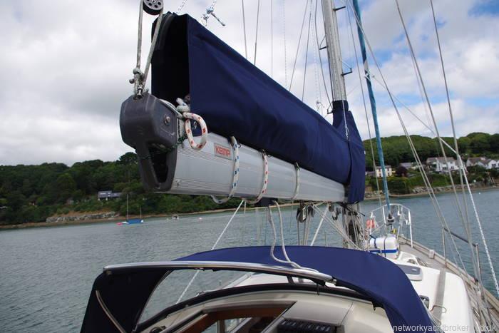 New self stacking sail bag