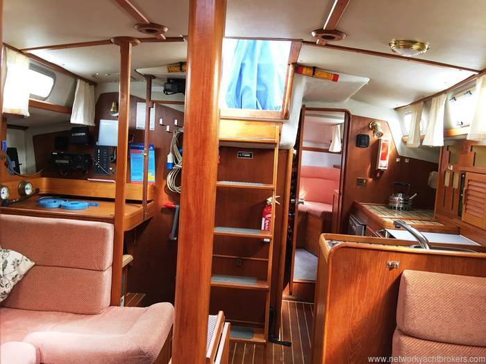 Westerly Sea Hawk 35 - Network Yacht Brokers Milford Haven