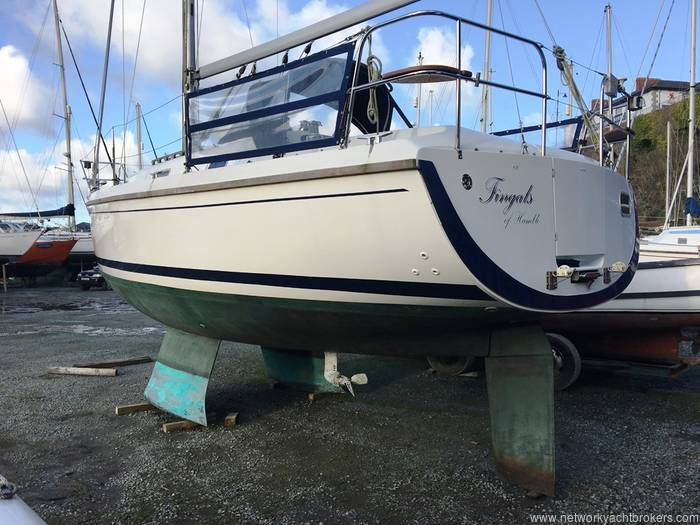 Sadler 290 Bilge Keel - Network Yacht Brokers Milford Haven