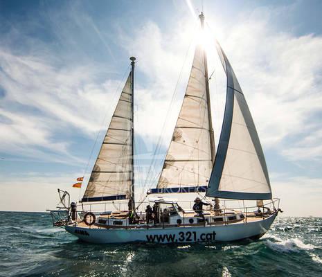 1601x Sailing