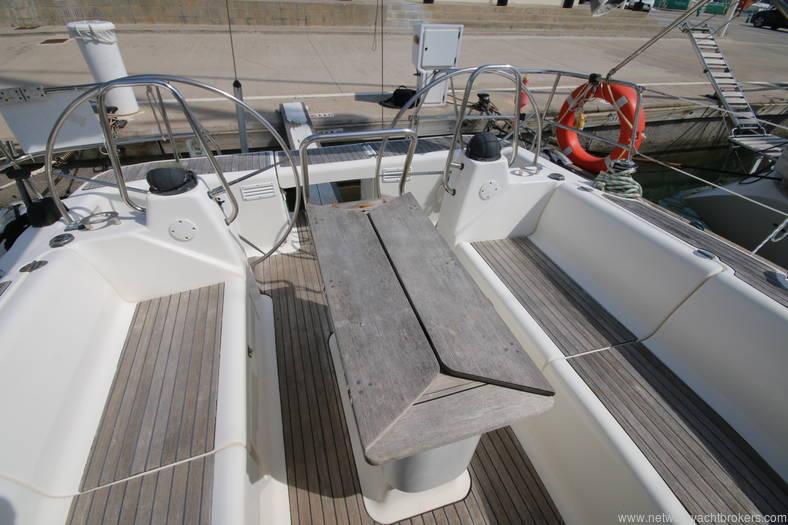 Bavaria 46 Yacht cockpit 1 in the marina