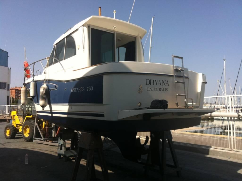 beneteau antares 760 trailer