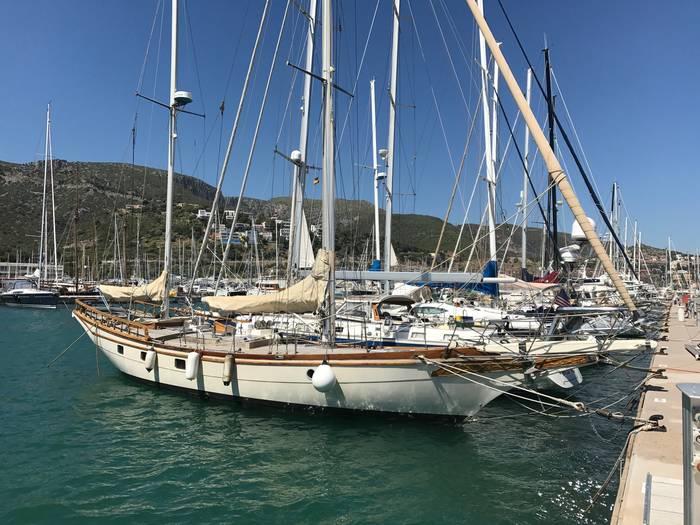 63_Foot_Blue_Water_Ketch_Yacht
