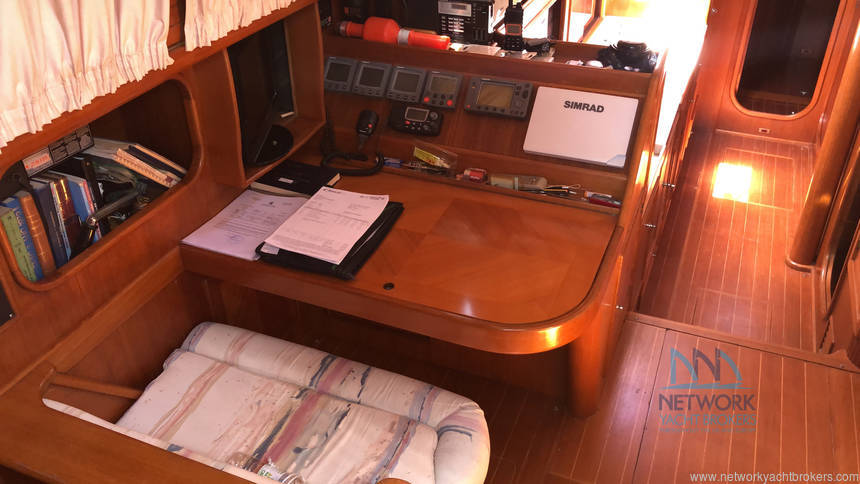 charter table Belliure 50 for sale