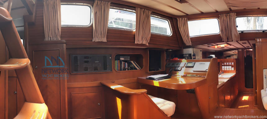 harter table+ galley View saloon Belliure 50 for sale