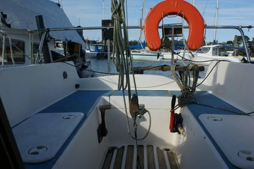 25ft sailing boat for sail sadler yacht