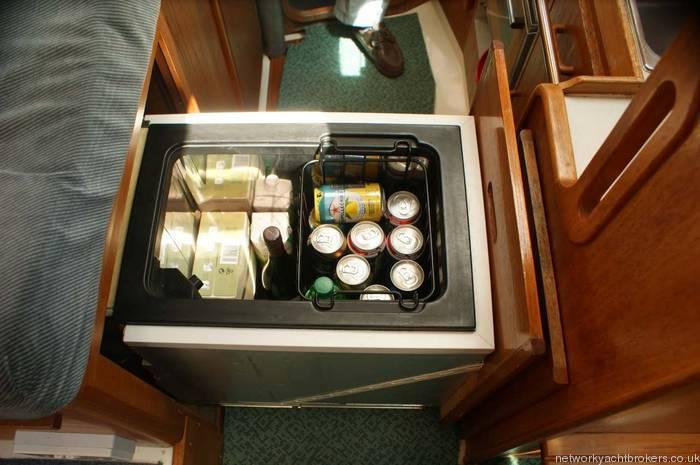 Moody Eclipse 33 Waeco fridge/freezer