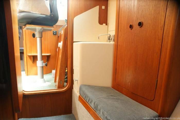Moody Eclipse 33 rear cabin locker