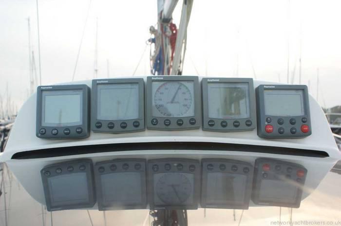 Elan 333 cruiser racer cockpit instrumentation