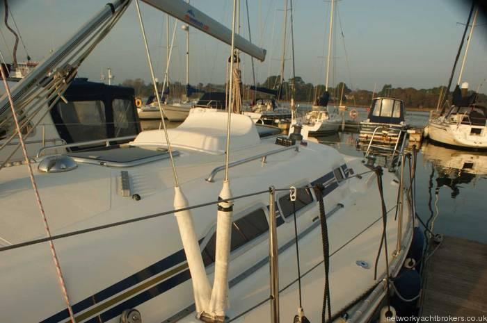 Elan 333 cruiser racer deck