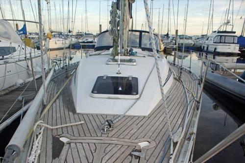 Beneteau First 375 Teek decks