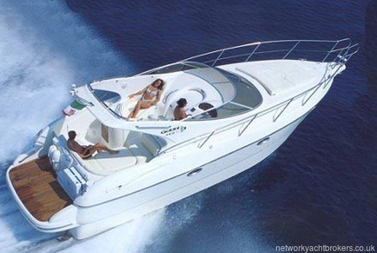 Gobbi 345SC Brocure Picture showing the layout of the seating/sunlounge Deck plan