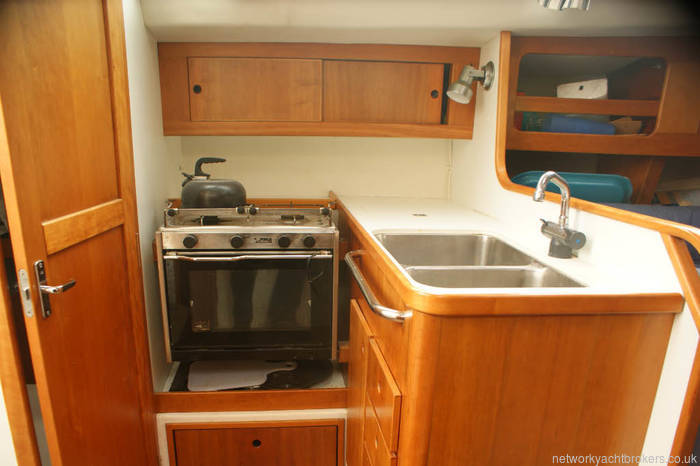Maxi 1000 for sale in Lymington galley with twin sinks ,oven grill and two burns and plenty of storage