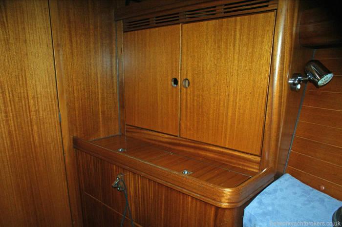Elan 40 quality wood used throughout