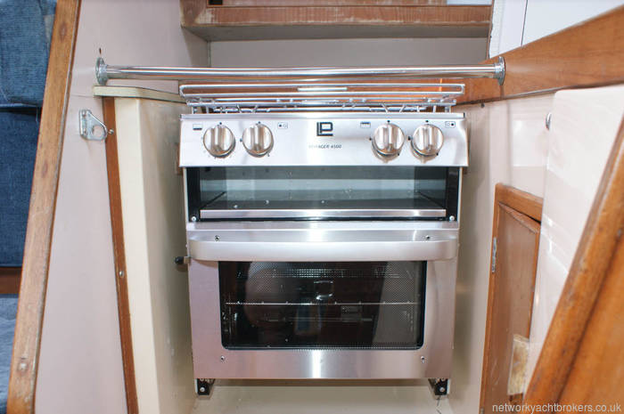 Nicholson 345 new oven ,grill and two burners