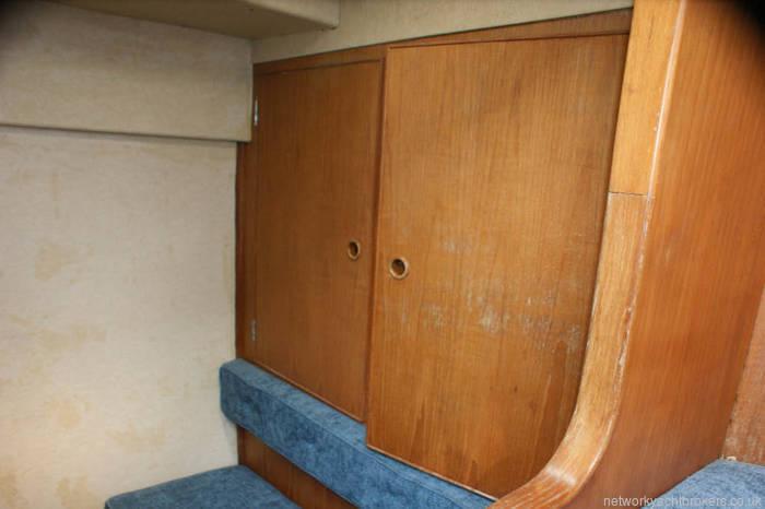Nicholson 345 hanging space
