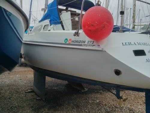 Hunter Horizon bilge keel sailing yacht