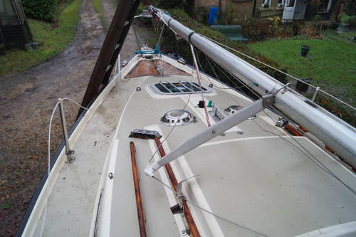 21ft yacht with trailor for sale