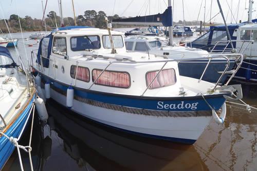 hardy 25 motor yacht for sale in Lymington
