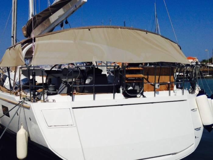Jeanneau_64_Yacht
