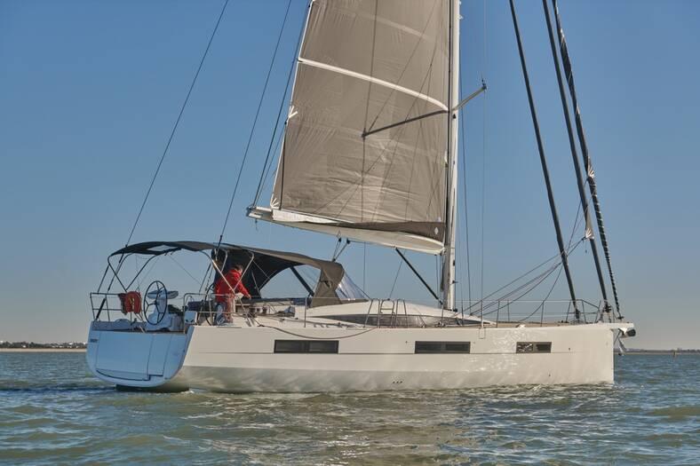 Jeanneau_60_Yacht