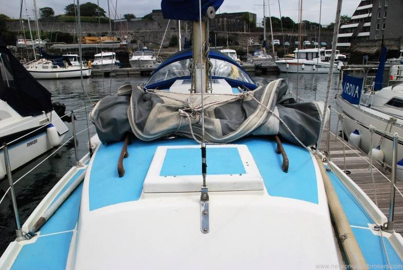 Westerly Longbow 31 1972 Cruising Yacht For Sale In