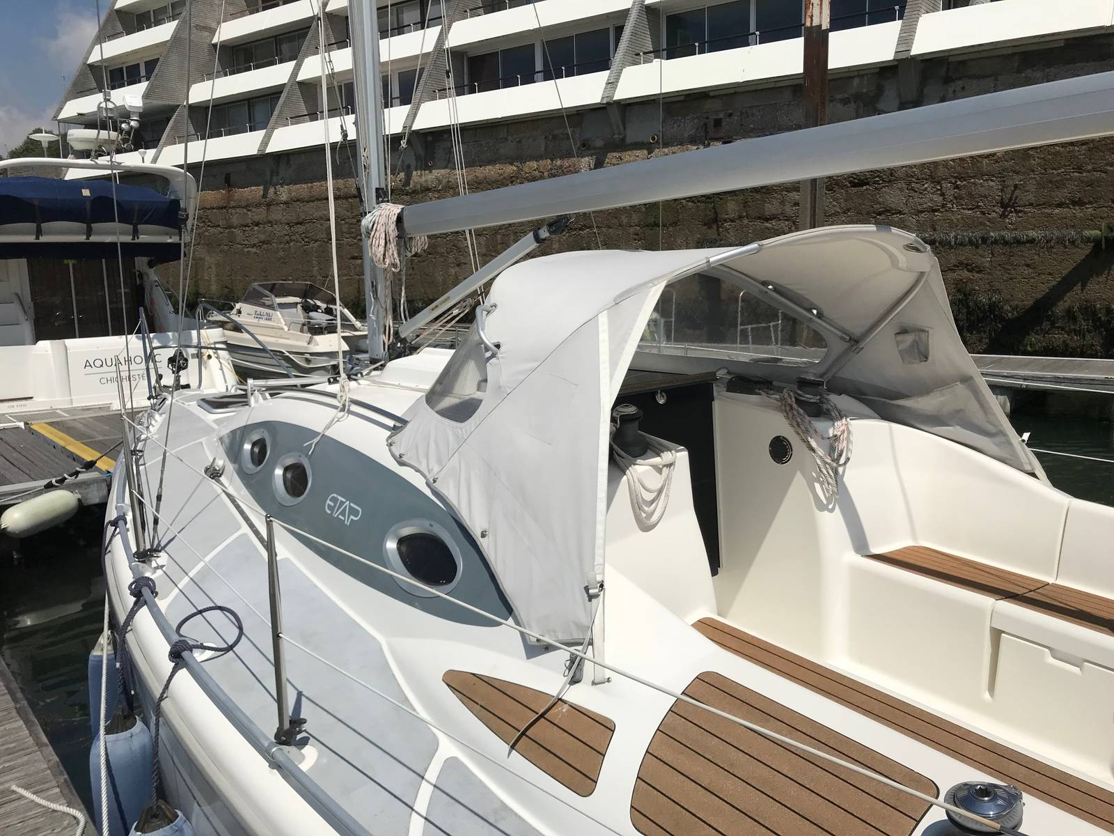 Etap 28S 2006 Cruising Yacht For Sale in Plymouth - £42,995