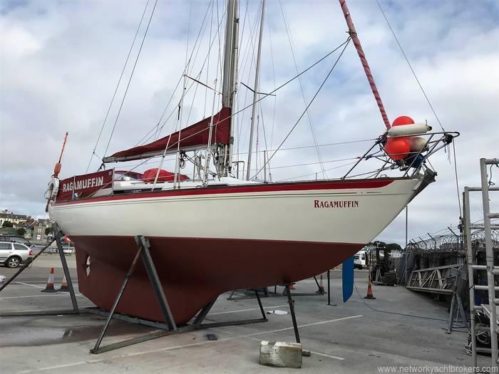 Nicholson 31 Yacht