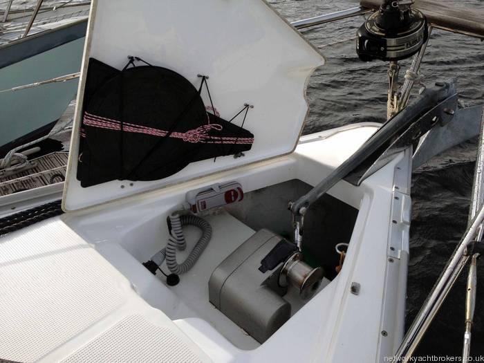 Bavaria 30 Anchor Locker & Day Signals