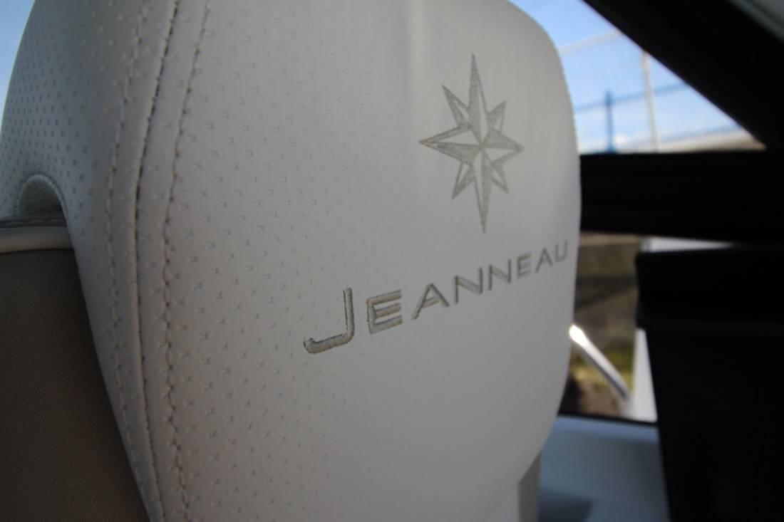 Jeanneau Leader 30
