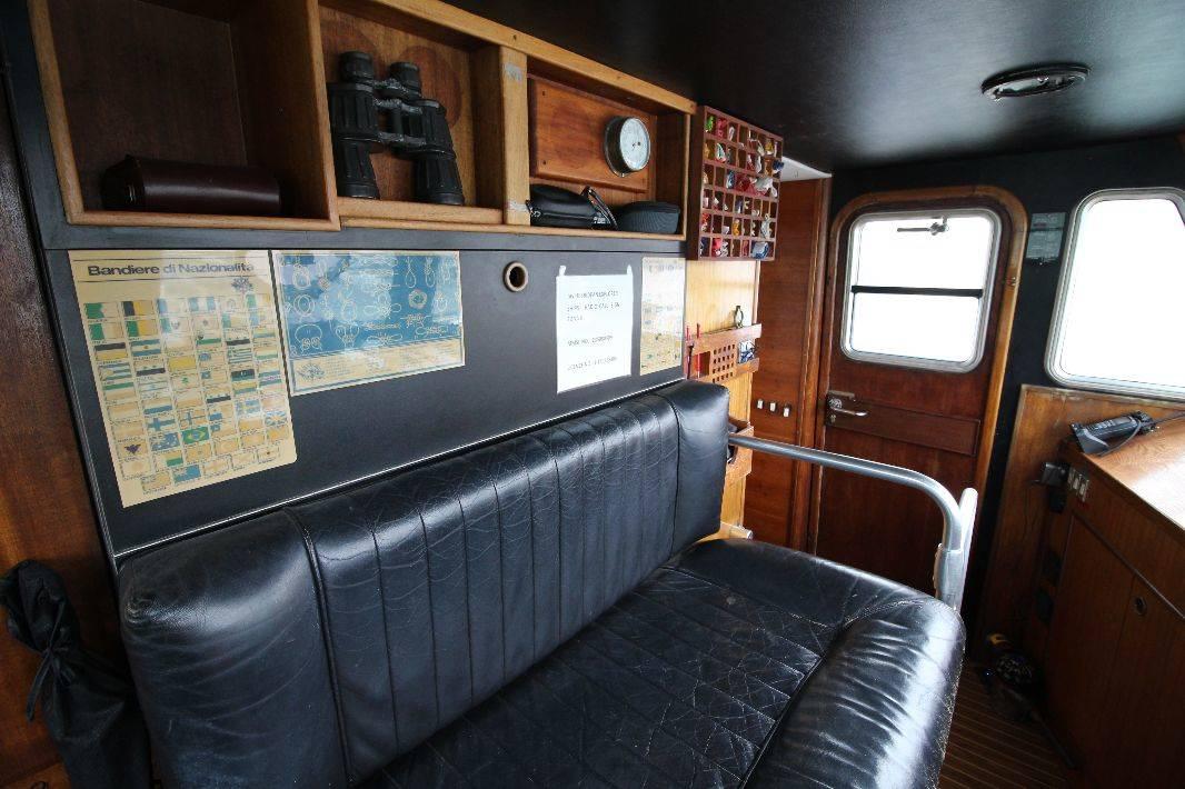 Aquastar Custom Flybridge 50