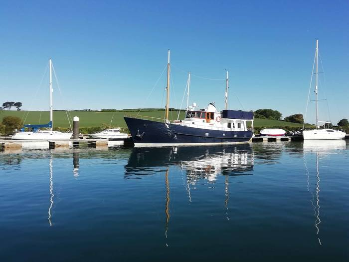 60_ft_Steel_Trawler_Yacht