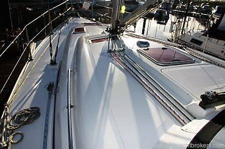 Bavaria 37 Cruiser 2006. £58,500.00 Lightly Sailed. Excellent Condition Network Yacht Brokers Nelyand Tel: 01646 602 500