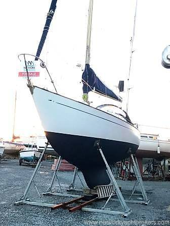 Van de Stadt 31 Yacht For Sale at Yacht.Co call 01646 602 500 or visit www.yachts.co