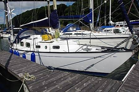 Van de Stadt 28 Yacht For Sale at Yacht.Co call 01646 602 500 or visit www.yachts.co