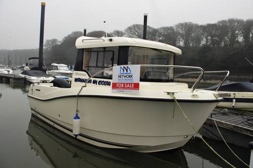 Quicksilver Pilothouse 555 for sale. Yachts.Co Neyland Tel 01646 602 500. Sports Fishing Boat