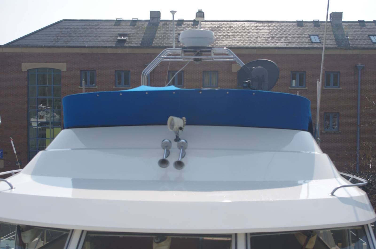 Fairline 36 Turbo (1989) For Sale. Yachts.co Neyland. Call 01646 602 500